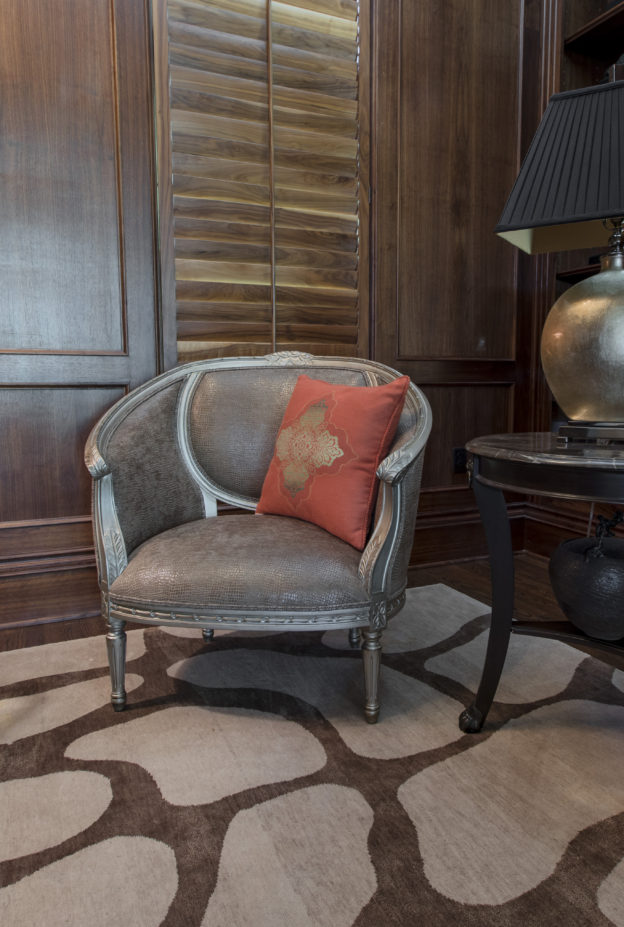 Library-chair-and-rug-624x927
