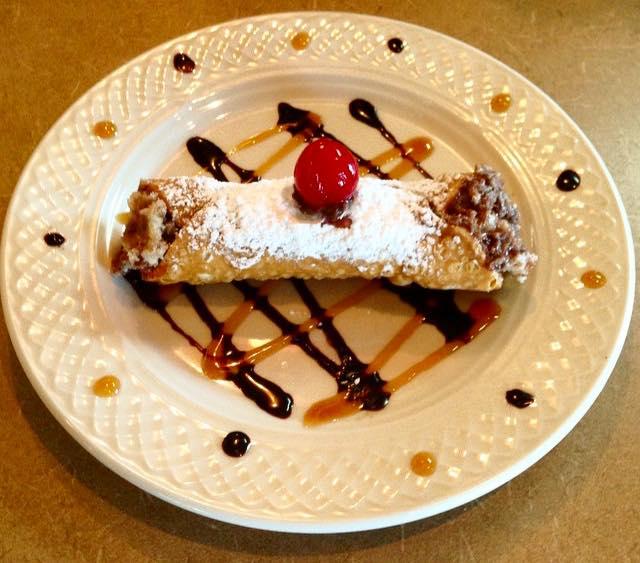 Boston Cream Pie Cannoli