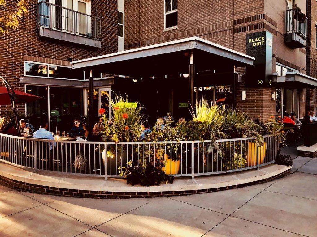 Black Dirt Restaurant patio